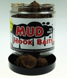 MUD Hook Baits 18 mm  Śliwka Pieprz  250ml